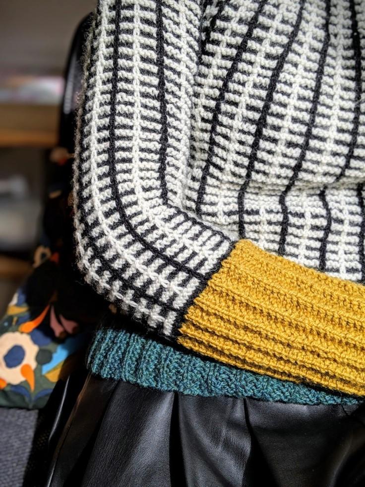 Diesis jumper sleeve detail
